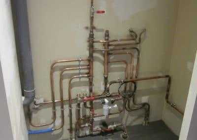 Plombier-Pau-collecteurs sanitaires cuivres